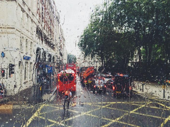 curiosidades sobre o reino unido - Londres chuvosa