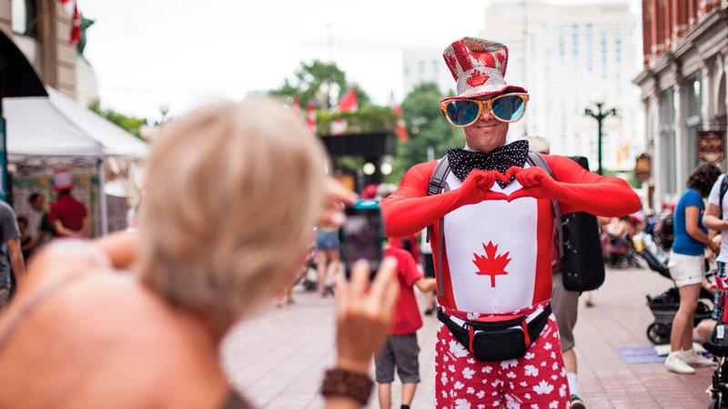 Canada Day - Vermelho e branco